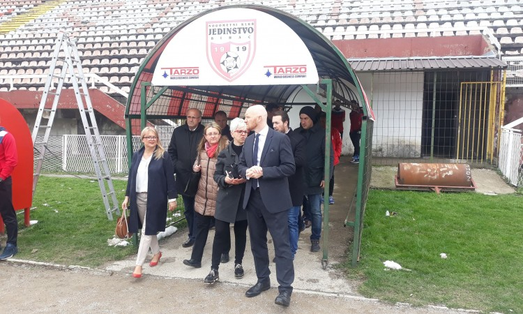 Field: Citizens of Bihać face great challenges, but they are not alone
