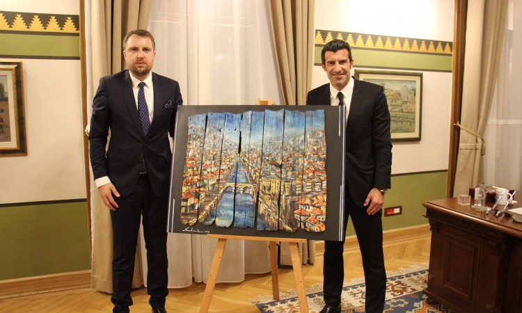 'Meet Up Sarajevo 2019' – Luis Figo a guest of gala reception at City Hall
