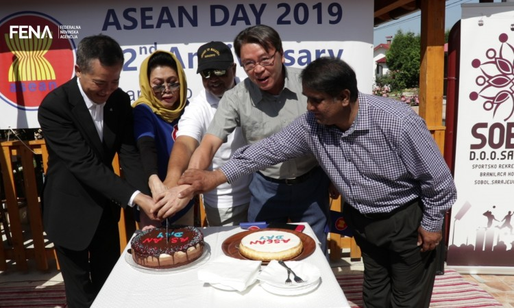 Indonesia and Malaysia embassies mark ASEAN foundation anniversary