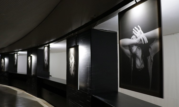 """""""Breaking Free"""" exhibition, that speaks about children born as a result of war, opens at BKC Sarajevo"""