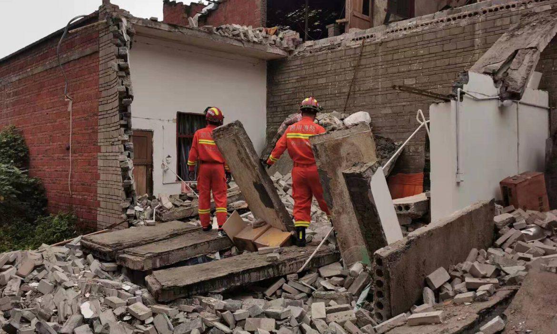 1 dead, 63 injured in Sichuan quake