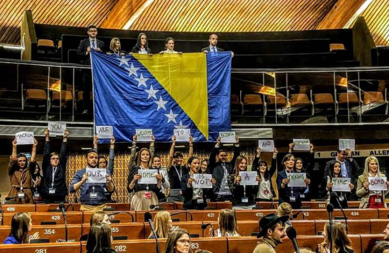 BiH youth to Macron: Welcome to Bosnia and Herzegovina, our home is not a ticking time bomb