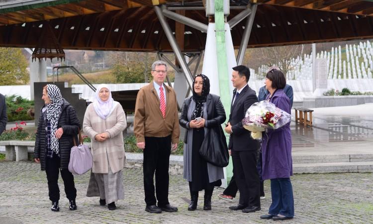 US Religious Freedom Ambassador Samuel Brownback visits Potočari