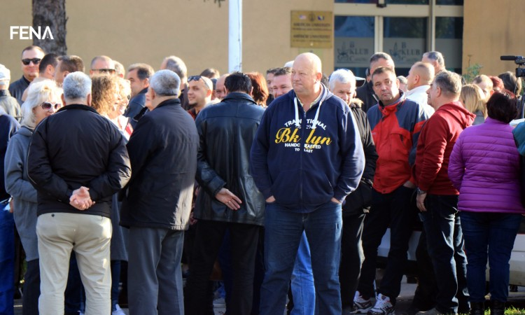 Peaceful protest in Tuzla for announcement of opening of a migrant center