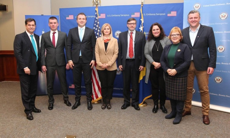 Palmer meets with MPs in Sarajevo Canton Assembly
