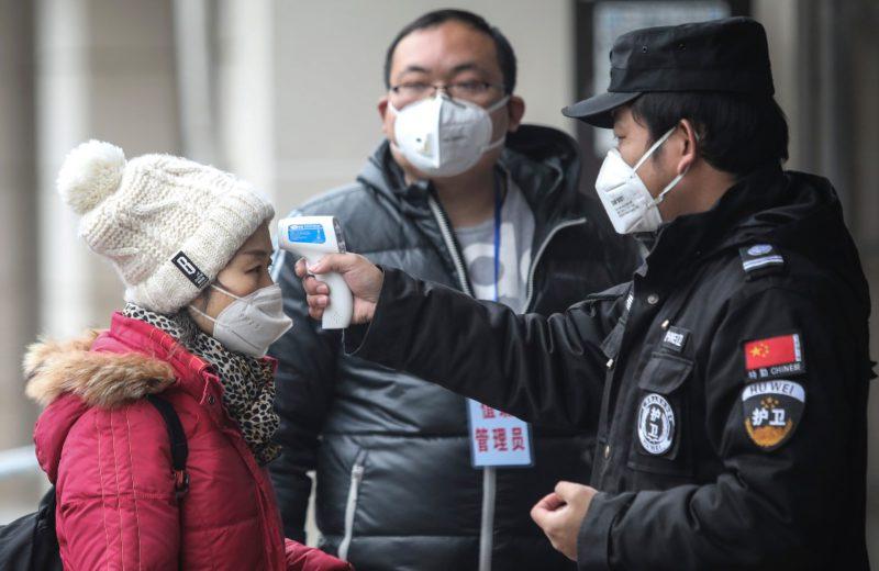 China extends holidays, strengthens control of coronavirus epidemic