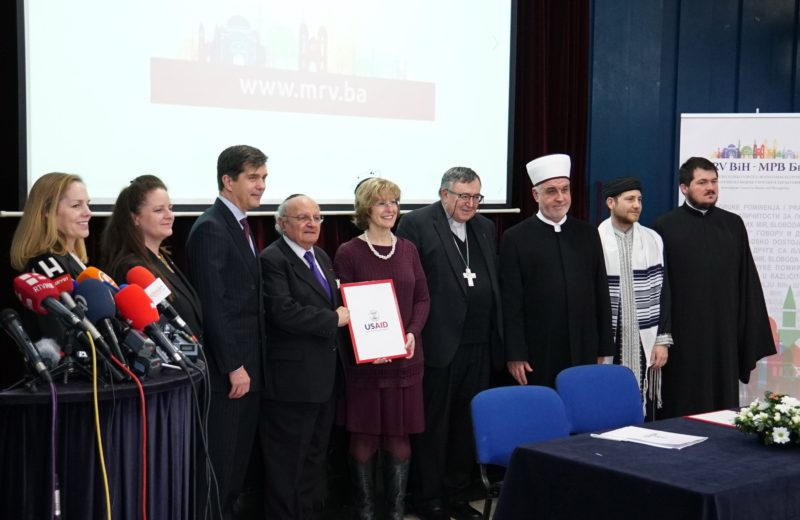 Religious leaders hold joint prayer in Sarajevo for all victims of war in BiH