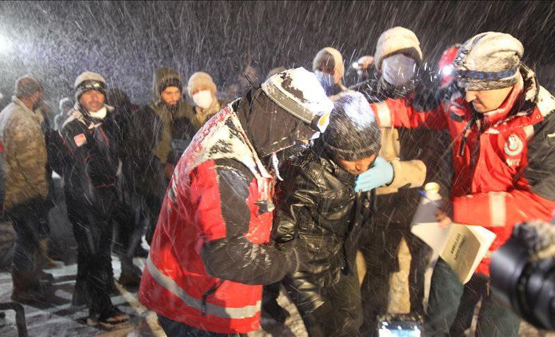 Turkey nabbed nearly 1,600 irregular migrants last week