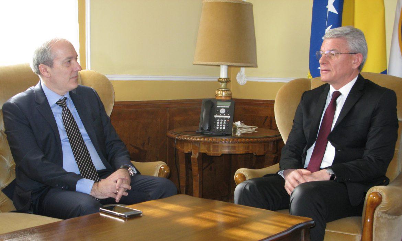 Džaferović received Greek Ambassador Papandreou in his inaugural visit