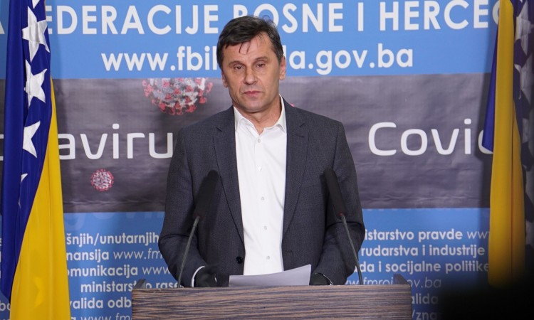 Novalić: We'll purchase large amount of protective equipment and nCov-2019 tests