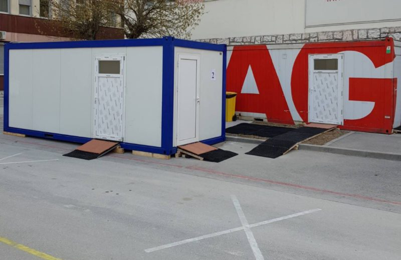 UNESCO and City of Sarajevo donate a triage container to the General Hospital
