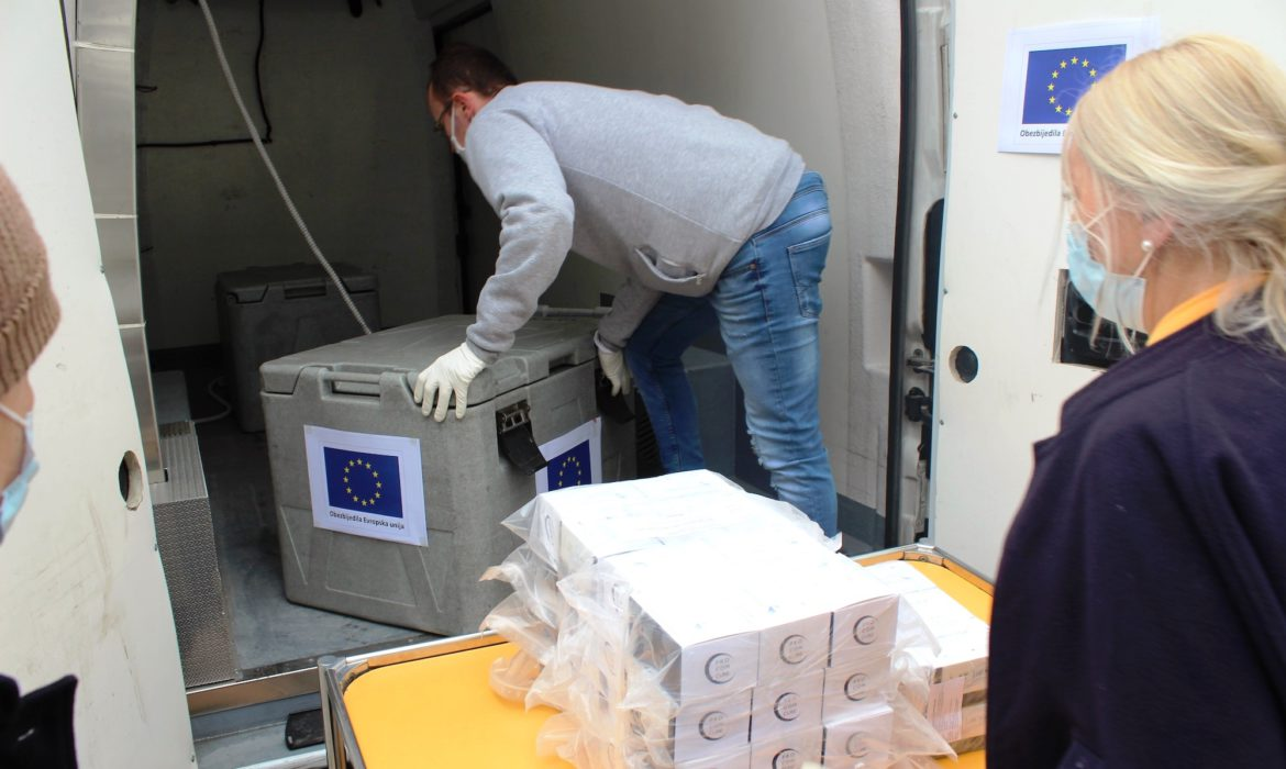 Sattler: The first EU-funded COVID-19 test kits delivered today