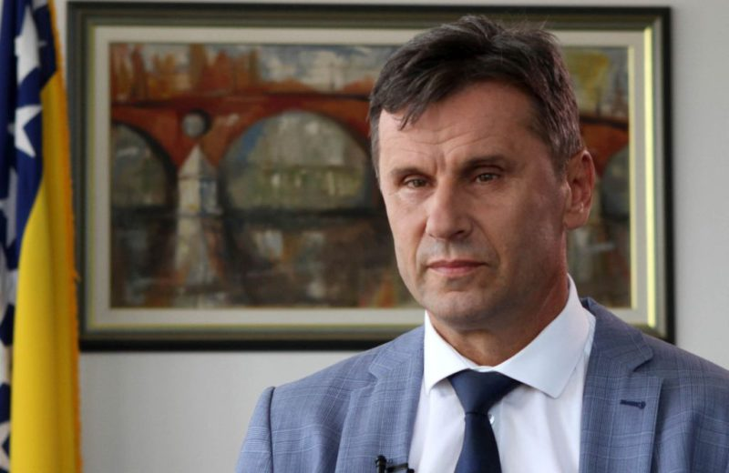 FBiH PM Novalić has recovered from coronavirus and was discharged from hospital