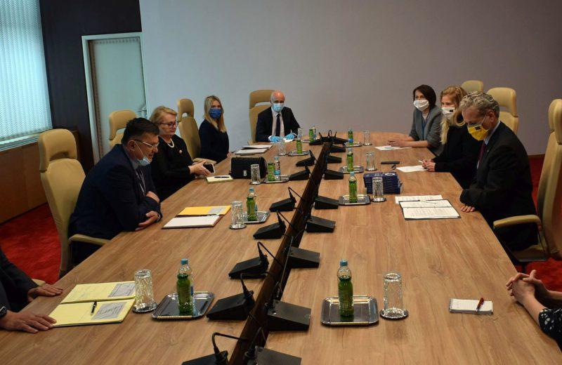 Tegeltija, Bevanda and Turković with Sattler: Continue the reform processes