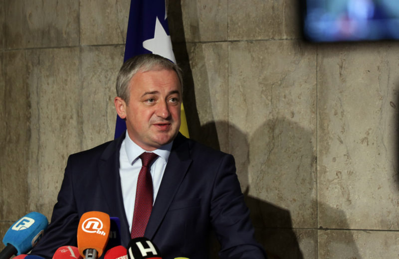 Borenović: Scandals in BiH must be prosecuted rather than publicly analyzed