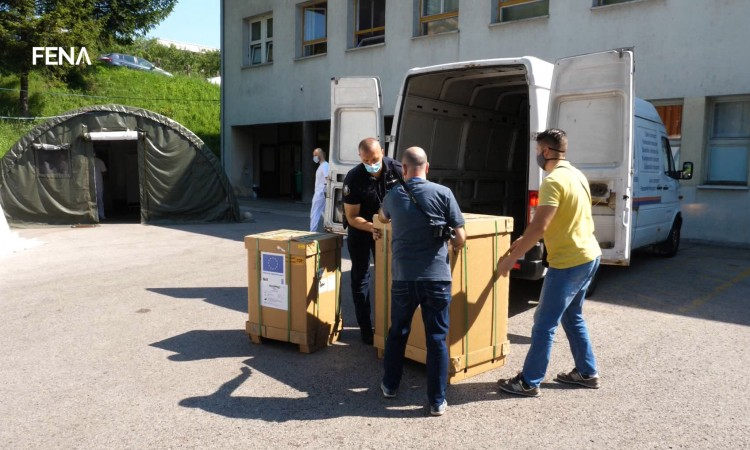 Zenica Cantonal Hospital receives two ventilators as a donation from EU