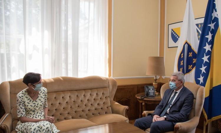 Džaferović and Uebber on BiH's EU path and anniversary of Srebrenica genocide