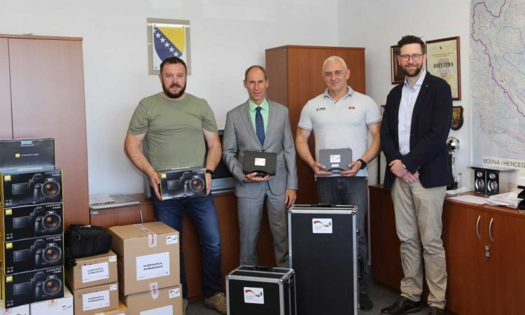 Germany donates equipment worth 250.000 KM to BiH Border Police
