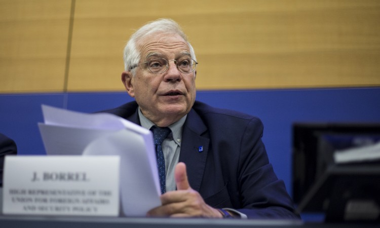Borrell: Make sure that Srebrenica never happens again