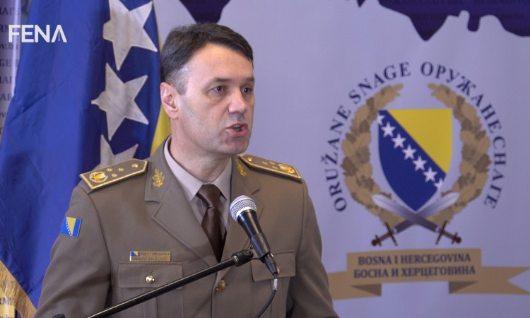 Mašović asks General Graziano for assistance in demining process in BiH