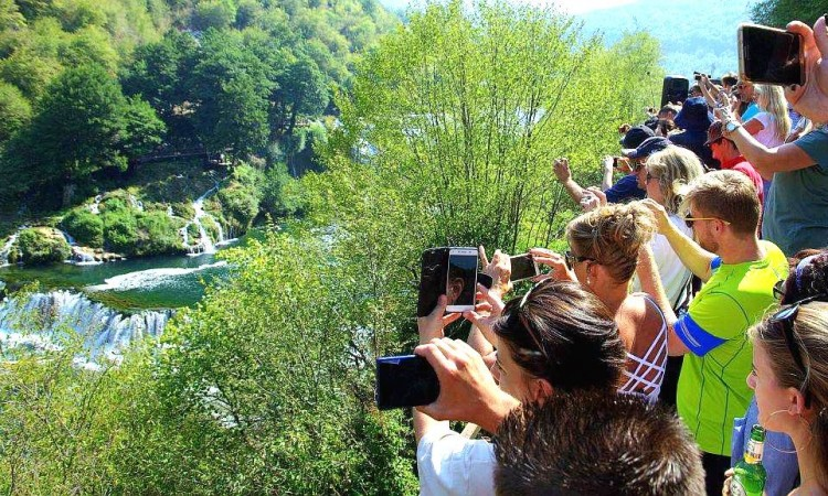 In June 26.5 thousand tourists in BiH, 85.2 percent less than last year