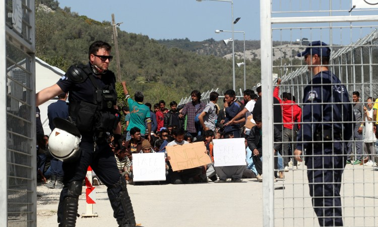 Greece seeks EU help to run migrant camps after major fire