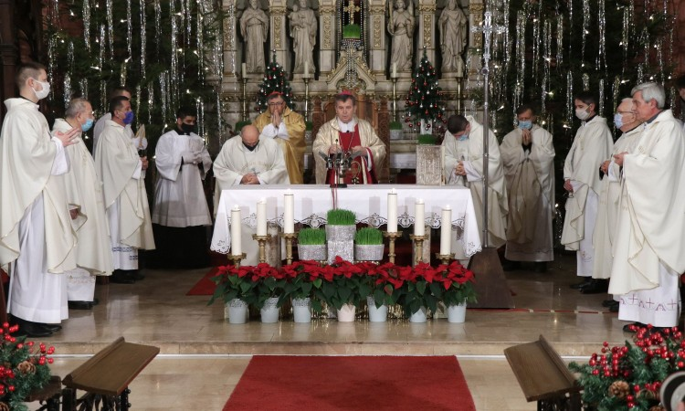 Christmas Vigil Mass held at Sarajevo's Cathedral of the Sacred Heart