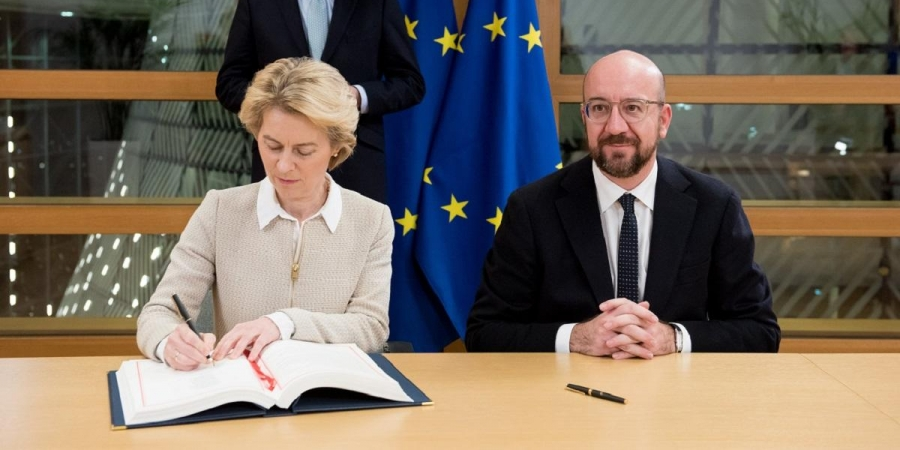 EU chiefs sign post-Brexit trade deal