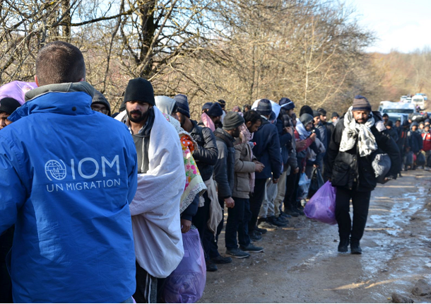 BiH authorities urged to find a solution for 900 migrants from the Lipa camp