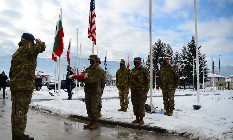 NATO welcomes the transfer of two British officers to the mission in BiH
