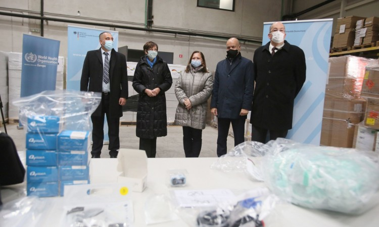 Germany donates equipment for oxygen therapy to health institutions in BiH