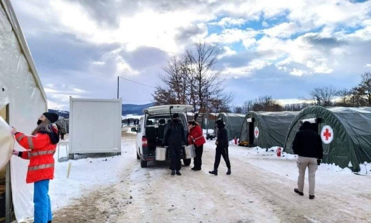 Increased health surveillance in the Lipa migrant camp
