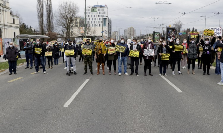 Citizens of Sarajevo take to the streets with 'A Fight for Life' protest