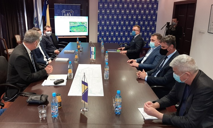 FBiH Government secures 25 million KM for the Bihać Airport project