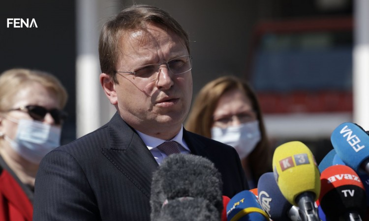Várhelyi: We have shown today that we care about Bosnia and Herzegovina