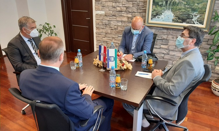 Croatian Consul General Piličić visits Bihać and meets with Mayor Fazlić
