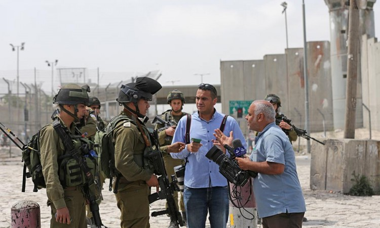 EANA calls on Israeli authorities to secure journalists' physical integrity and working conditions