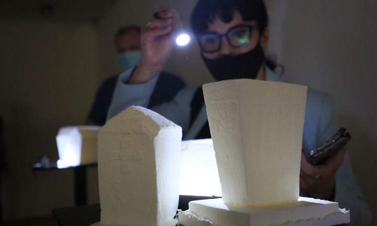 Exhibition of 3D stećak tombstones opens in BiH History Museum