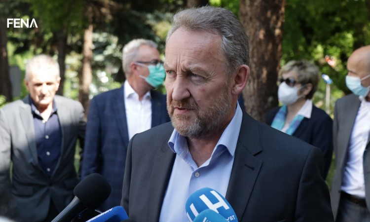 Izetbegović: The HNS resolution is there to increase pressure on SDA