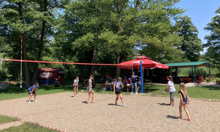 Austrian Embassy supports landscaping of picnic area on Small Pliva Lake