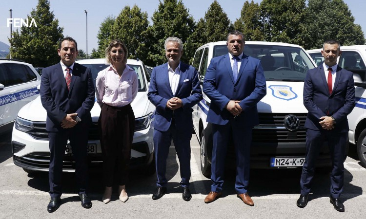 EU hands over a valuable donation to BiH Border Police and SIPA
