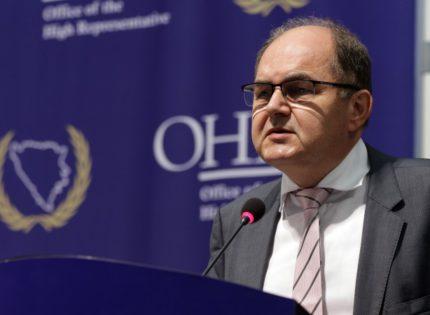 Schmidt: The Bonn powers is a tool still at my disposal