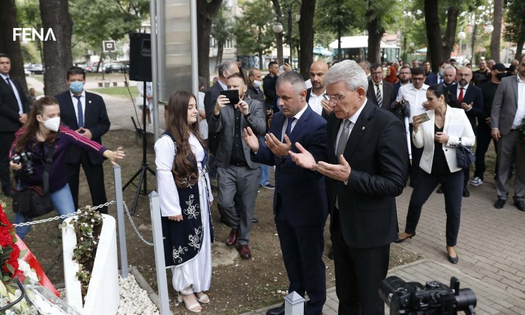 Džaferović: It is barbaric to insult the victims and deny the genocide