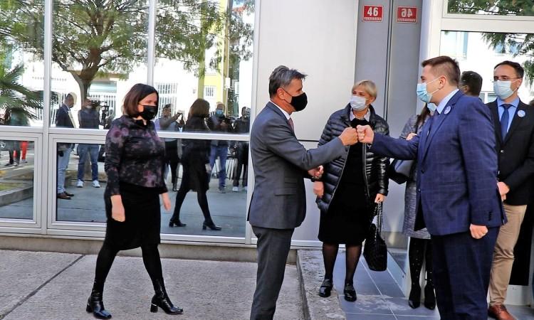 Prime Minister Novalić visits the FBiH Public Health Institute in Mostar