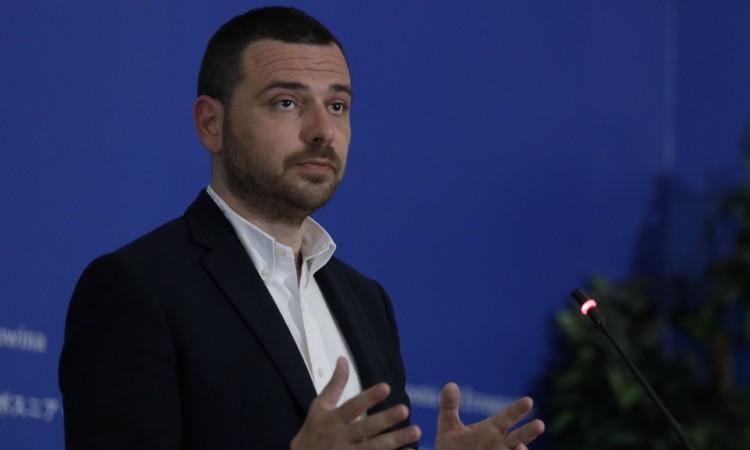 Magazinović: BiH is one step away from escalation because of Dodik