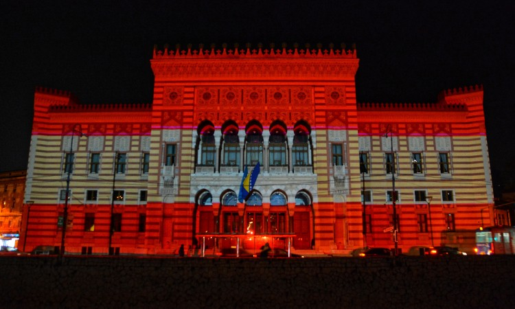 Sarajevo City Hall this evening illuminated in the colors of the Austrian flag